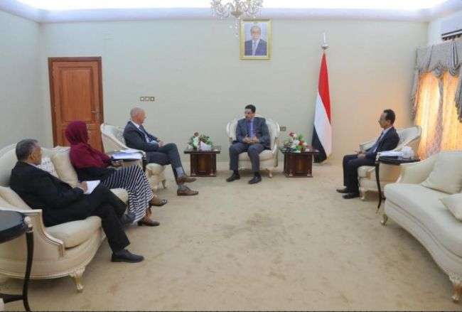 وزير الخارجية يلتقي الممثل المقيم للبرنامج الإنمائي للأمم المتحدة بعدن