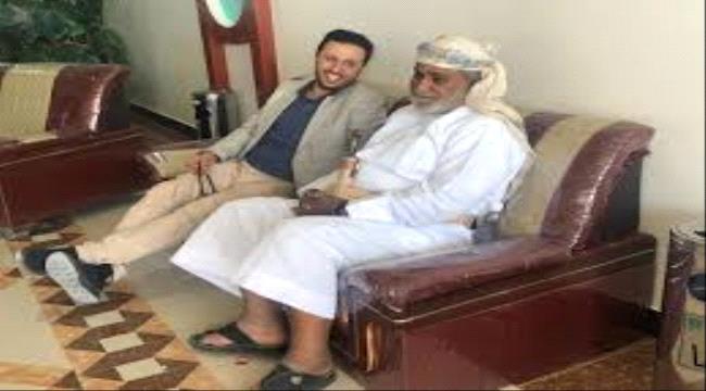 اعلامي سعودي يكشف علاقة الرحبي بمهرب السلاح الحريزي