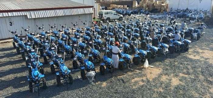 توزيع 130 حراثة يدوية على مُزارعين بصعدة