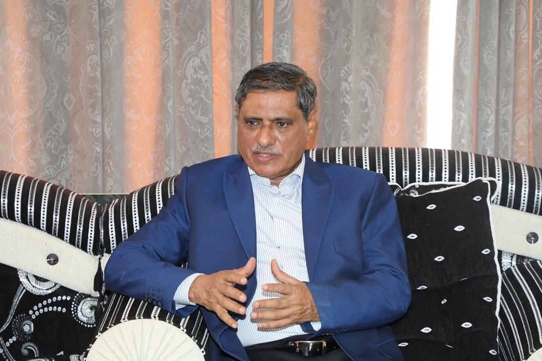 """محافظ حضرموت يطالب بـ""""اعتذار علني"""" من وزير الخارجية لتوصيفه قوات النخبة الحضرمية بـ""""المليشيات"""""""