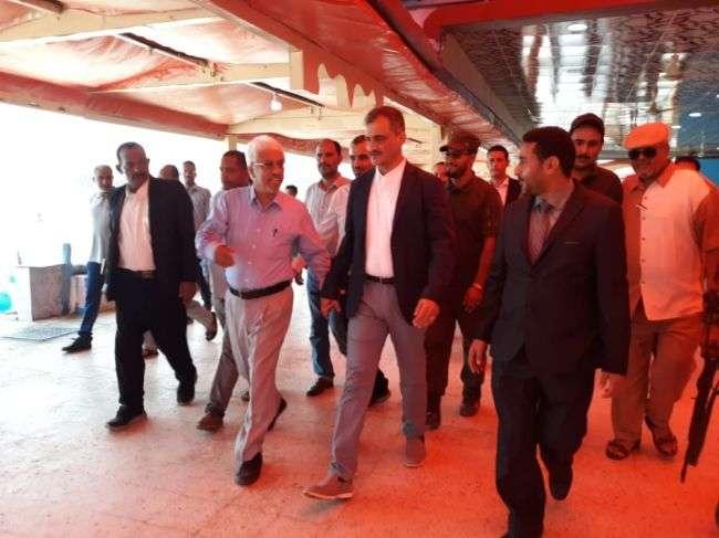 لملس يدعو رجال المال والأعمال إلى العودة للمشاركة في الاستثمار والنهوض بمدينة عدن