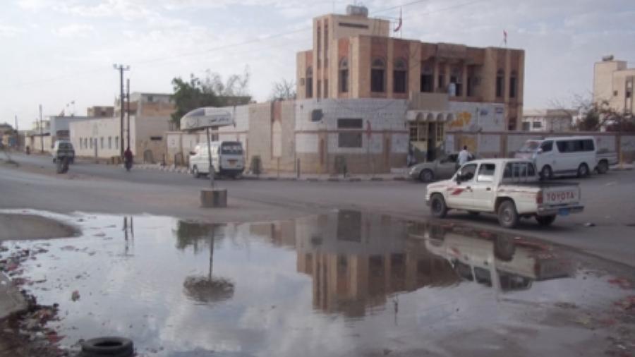 عاصمة الغاز والبترول تغرق في بحيرات الصرف الصحي