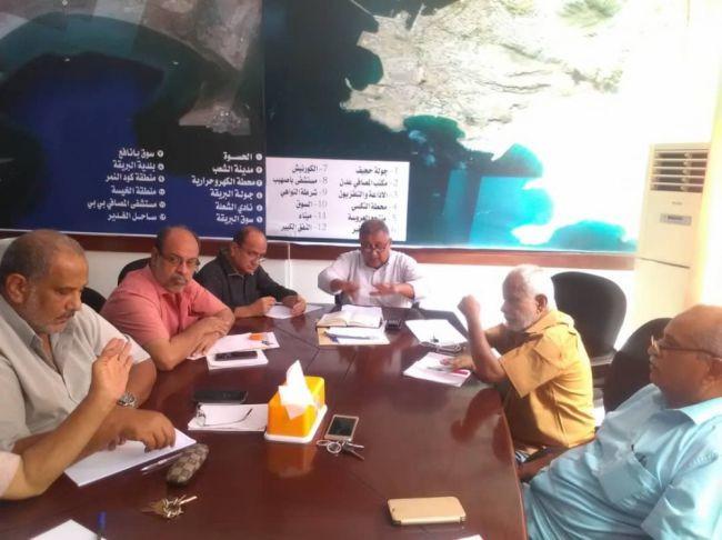مدير عام نظافة عدن : رفع أكثر من 9 الآف طن من مخلفات القمامة خلال إجازة عيد الأضحى المبارك