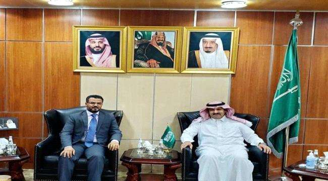 السفير السعودي : الخدمات الأساسية مسؤولية السلطة اليمنية وسنوقع مع الحكومة المرتقبة برنامج لدعم الكهرباء