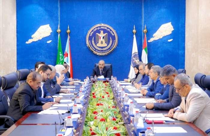 الانتقالي يثمن صمود أبناء شبوة أمام الحوثي والإخوان