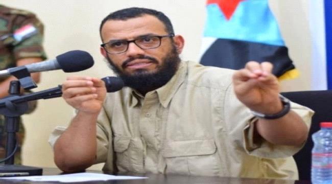 بن بريك /القوات التي تحركت من مأرب إلى شبوة وشقرة لاتخضع للرئيس هادي وليست جيشا حكوميا